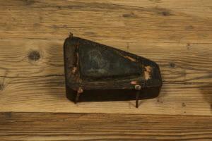 attrezzo antico lavorazione legno 300x200 - attrezzo antico lavorazione legno