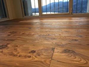 Pavimento in olmo antico di recupero 300x225 - Pavimento in olmo antico di recupero