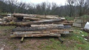 Tavole di legno antico recuperate 300x169 - Tavole di legno antico recuperate